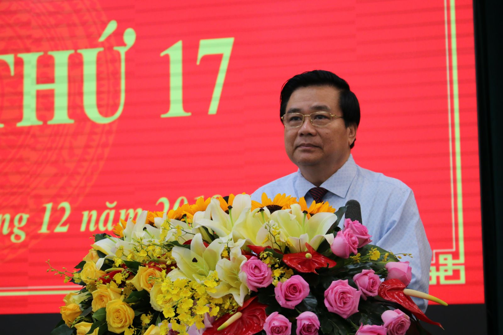 Secretary of the Provincial Party Committee, Chairman of Long An Provincial People's Council - Pham Van Ranh delivers the opening speech of the 17th session, term IX