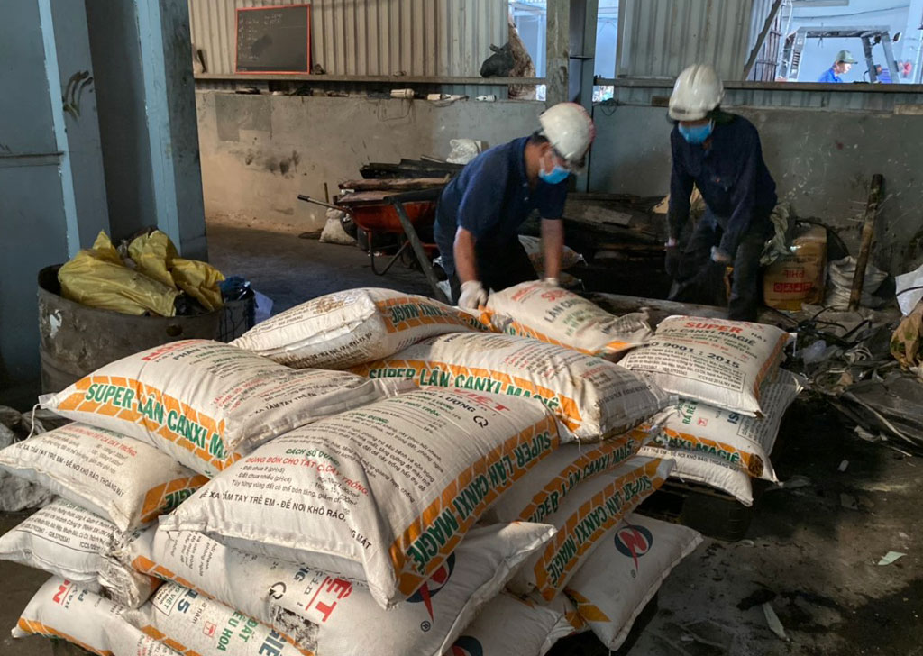 Fake fertilizers were tested and discovered by the Market Management Department