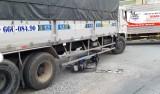 Tai nạn giao thông ngã ba QL1 - Nguyễn Văn Tuôi gây kẹt xe kéo dài
