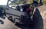 Xe chở đoàn nghệ thuật tình thương gặp nạn làm 7 người thương vong