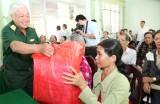 Tổng cục II Bộ Quốc phòng tổ chức chương trình Chung tay vì người nghèo