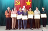 Hội Liên hiệp Phụ nữ Việt Nam huyện Thủ Thừa tổng kết công tác hội và phong trào phụ nữ