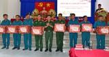 Bộ Tư lệnh Quân khu 7 thăm và chúc tết huyện Tân Hưng, Vĩnh Hưng