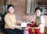 Thắp sáng niềm tin cho phụ nữ và trẻ em nghèo