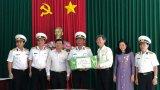 Bộ Tư lệnh Vùng 2 Hải quân thăm, chúc tết huyện Côn Đảo