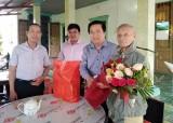 Bí thư Tỉnh ủy Long An – Phạm Văn Rạnh tặng quà tết tại Đức Hòa