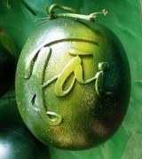 Trái cây độc, lạ trang trí tết
