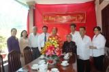 Lãnh đạo tỉnh thăm, chúc thọ người cao tuổi huyện Tân Trụ