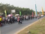 Lượng xe đông dần trên những ngả đường về quê ngày cận tết