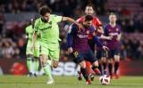 Barca - Levante: Áp lực phải thắng