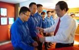 Đảng ủy khối Cơ quan và Doanh nghiệp tỉnh Long An: Kết nạp đảng viên