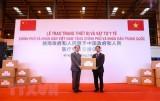 Việt Nam tặng trang thiết bị y tế trị giá 500.000 USD cho Trung Quốc