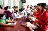 Cần có giải pháp bảo vệ trẻ em trước dịch Covid-19 khi đi tiêm ngừa