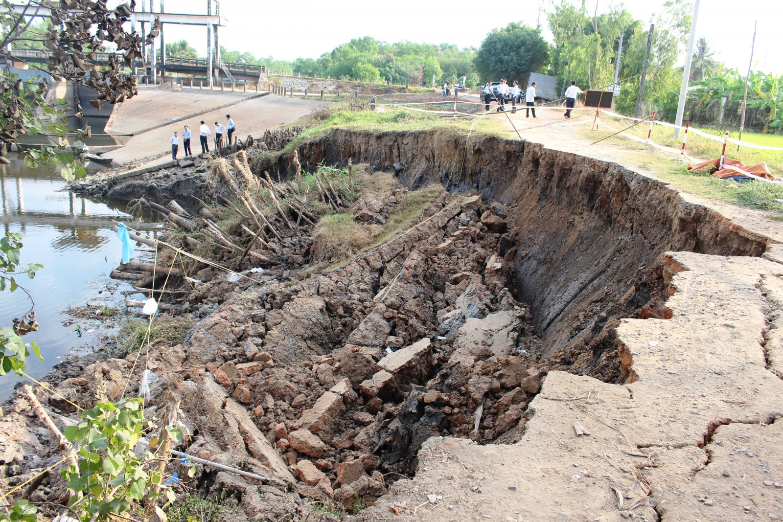 The cause of erosion is mainly due to prolonged drought
