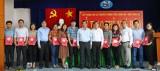 10 phóng viên, biên tập viên Báo Long An được nhận thẻ nhà báo