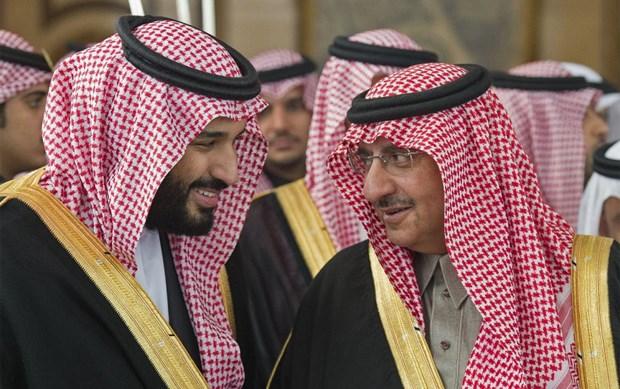 Mohammed bin Nayef (phải) - người từng là Thái tử và Thái tử Mohammed bin Salman (trái). (Nguồn: AFP)