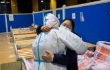 Trung Quốc đã chữa khỏi bệnh COVID-19 cho gần 61.500 người