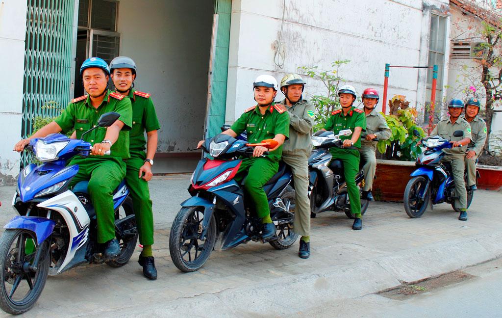 Công an thị trấn thường xuyên ra quân tăng cường tuần tra, kiểm soát phòng, chống tội phạm, bảo đảm an ninh, trật tự