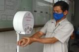 Dịch COVID-19: Thanh niên sáng chế thiết bị rửa tay tự động