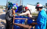 Hàng ngàn hộ dân ở Cần Giuộc thiếu nước sinh hoạt trong mùa khô