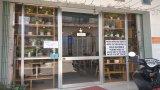 Đức Hòa: Các cơ sở kinh doanh tạm dừng hoặc thay đổi hình thức bán hàng