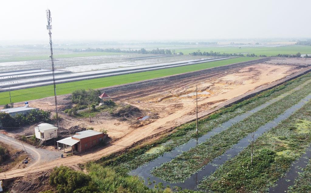 Khu vực hầm đất bị khai thác trái phép