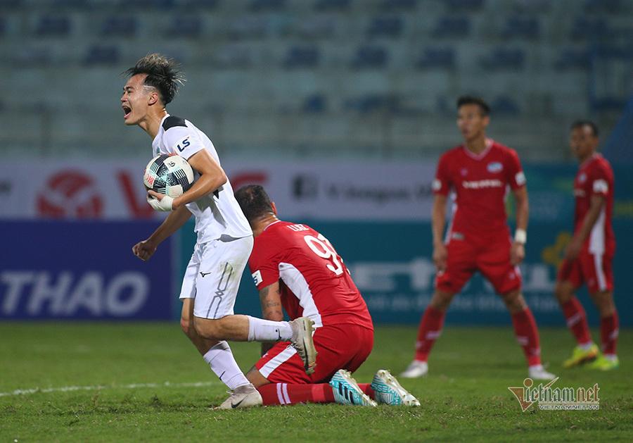 V-League hoãn vô thời hạn vì dịch Covid-19