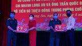 Bộ CHQS tỉnh Long An tiếp nhận hỗ trợ phòng, chống dịch Covid-19