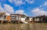 Xu thế xâm nhập mặn ở cửa sông Cửu Long giảm dần nhưng vẫn ở mức cao