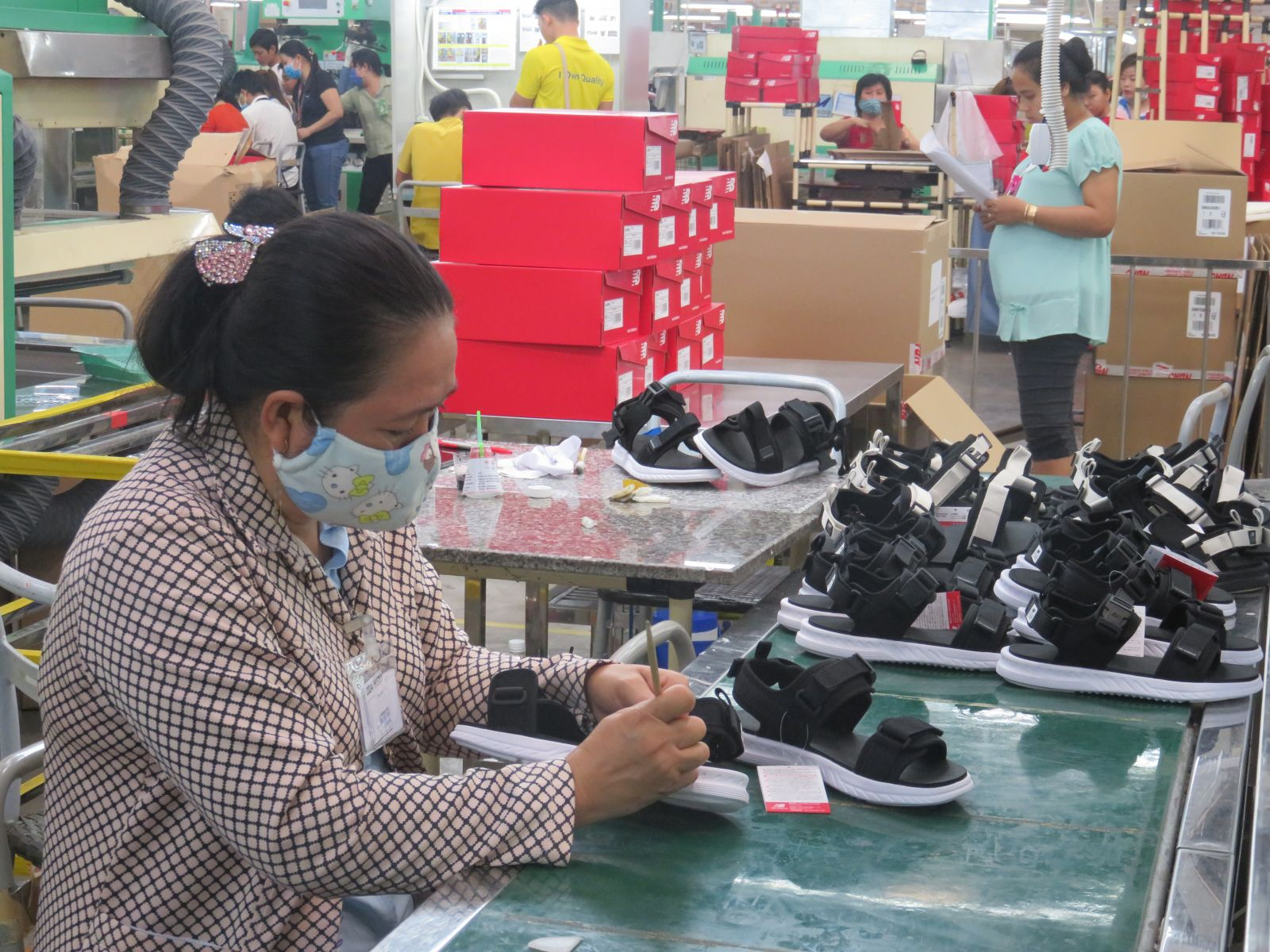 Long An has about 8,200 enterprises with a tax payment extension