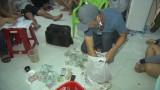 Bắt quả tang vụ đánh bạc ăn thua bằng tiền ở Đức Hòa