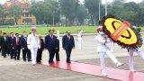 Lãnh đạo Đảng, Nhà nước viếng Lăng Bác nhân 45 năm thống nhất đất nước