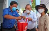 Phó Thủ tướng Trương Hòa Bình thăm và làm việc tại Bến Lức