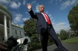 Ông Trump lên Trại David họp bàn kế sách cứu kinh tế sau 30 ngày 'giam hãm' trong Nhà Trắng