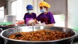 Long An: Bảo đảm an toàn thực phẩm từ bếp ăn tập thể
