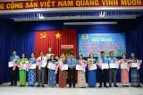 Liên đoàn Lao động Long An tặng bằng khen cho 19 tập thể, 41 cá nhân thực hiện tốt Chỉ thị 05