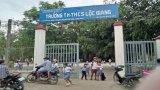 Phụ huynh đánh cô giáo tại lớp học phải nhập viện
