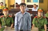 Lĩnh án 14 năm tù vì giở trò đồi bại với bé gái hàng xóm tại An Giang