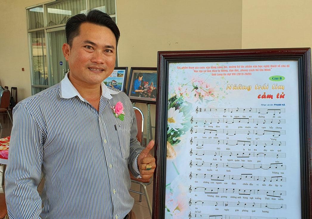 Anh Phạm Ngọc Hà vừa đoạt giải B (không có giải A) trong cuộc vận động sáng tác, quảng bá tác phẩm văn học nghệ thuật về chủ đề