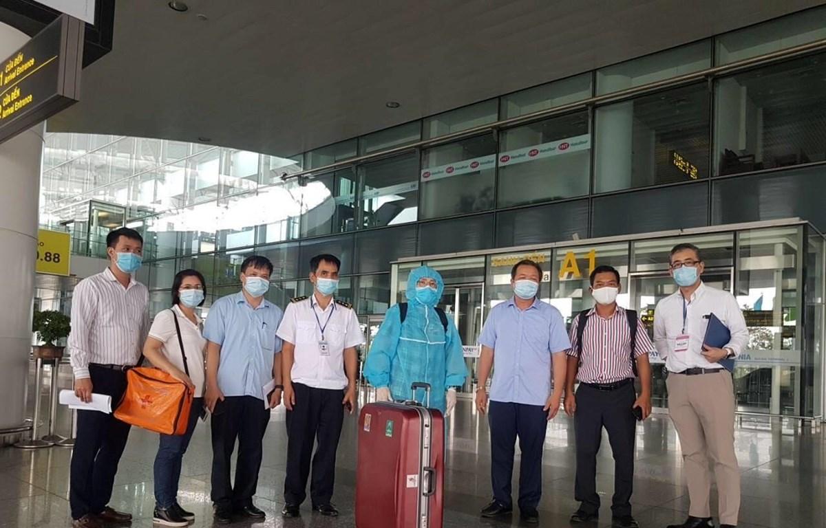 Chuyên gia Nhật Bản đã có mặt tại Việt Nam để thẩm định vải thiều. (Ảnh: Bộ Nông nghiệp và Phát triển nông thôn cung cấp)