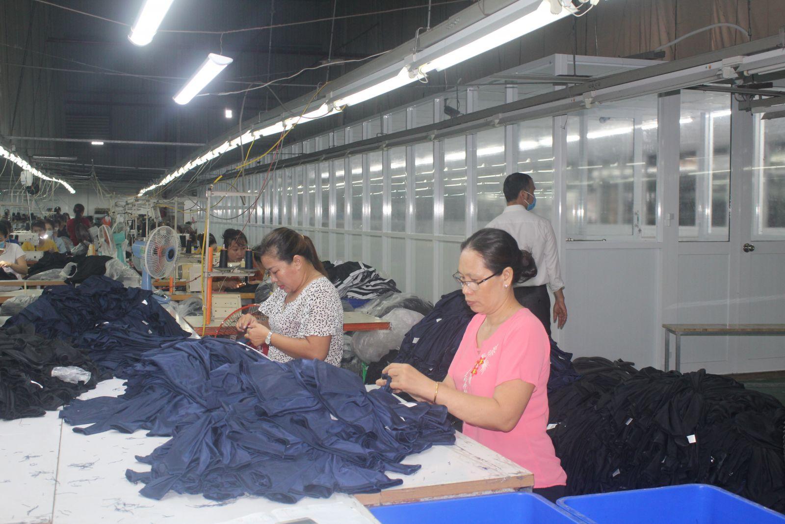 Công ty, doanh nghiệp dần phục hồi sản xuất, tạo việc làm ổn định cho công nhân, lao động