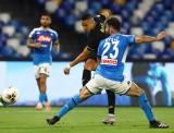 Hòa Inter Milan, Napoli tiến vào chung kết Coppa Italia