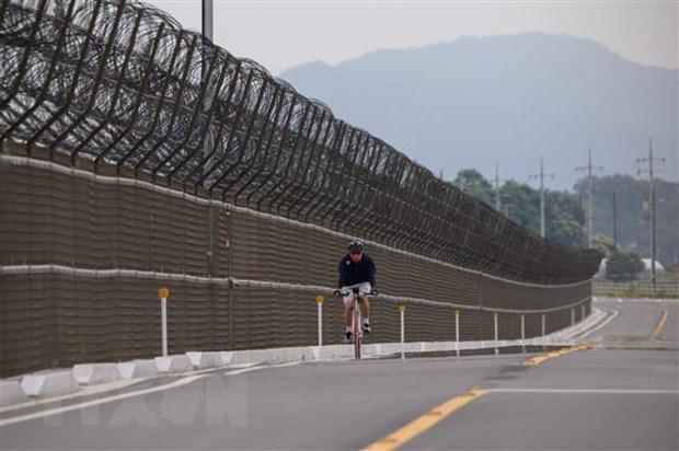 Hàng rào biên giới liên Triều tại đảo Gyodong, Hàn Quốc ngày 18/6/2020. (Nguồn: AFP/TTXVN)