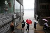 Trung Quốc ban bố cảnh báo vàng – mức cảnh báo cao thứ 3 về mưa lũ