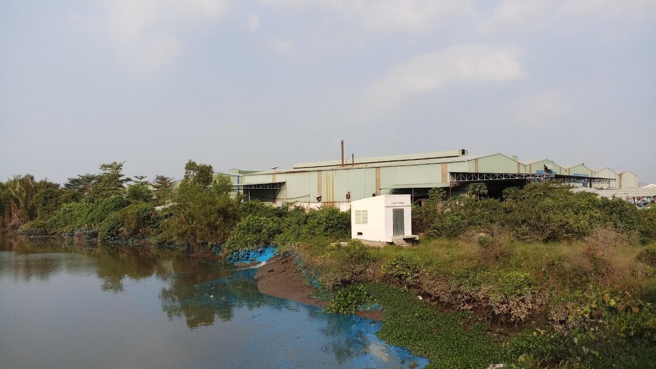 Các cơ sở tái chế nhựa trên địa bàn xã đã tồn tại qua nhiều năm. Công tác xử lý môi trường chưa được bảo đảm, các cơ sở chưa đầu tư hệ thống xử lý ô nhiễm môi trường,...
