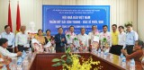 Hội Nhà báo Việt Nam thăm, tặng quà thân nhân nhà báo liệt sĩ tại Long An