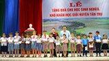 Chủ tịch Quốc hội - Nguyễn Thị Kim Ngân thăm huyện Tân Trụ