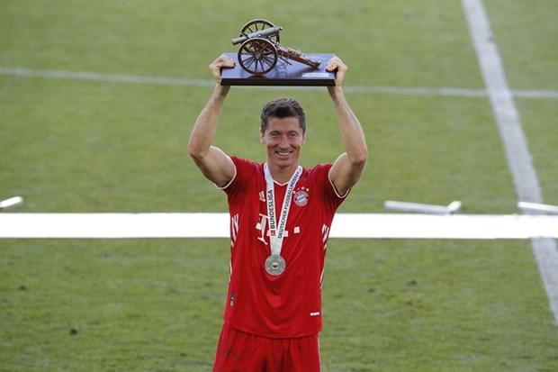 Lewandowski giành danh hiệu Vua phá lưới Bundesliga và giờ đang đứng trước cơ hội đoạt Chiếc giày Vàng châu Âu. (Nguồn: FcBayern)