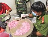 Long An: Bắt vụ tàng trữ hơn 10kg ma túy tại khu vực biên giới