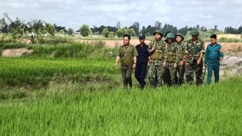 Dân phòng xung kích bảo vệ an ninh, trật tự biên giới